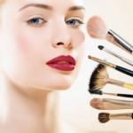 Как наносить макияж правильно ?